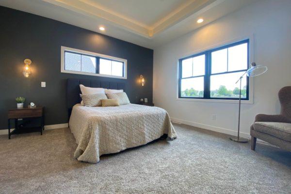 (8) Master Bedroom